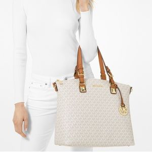 Michael Kors Large Signature Multi - function Tote